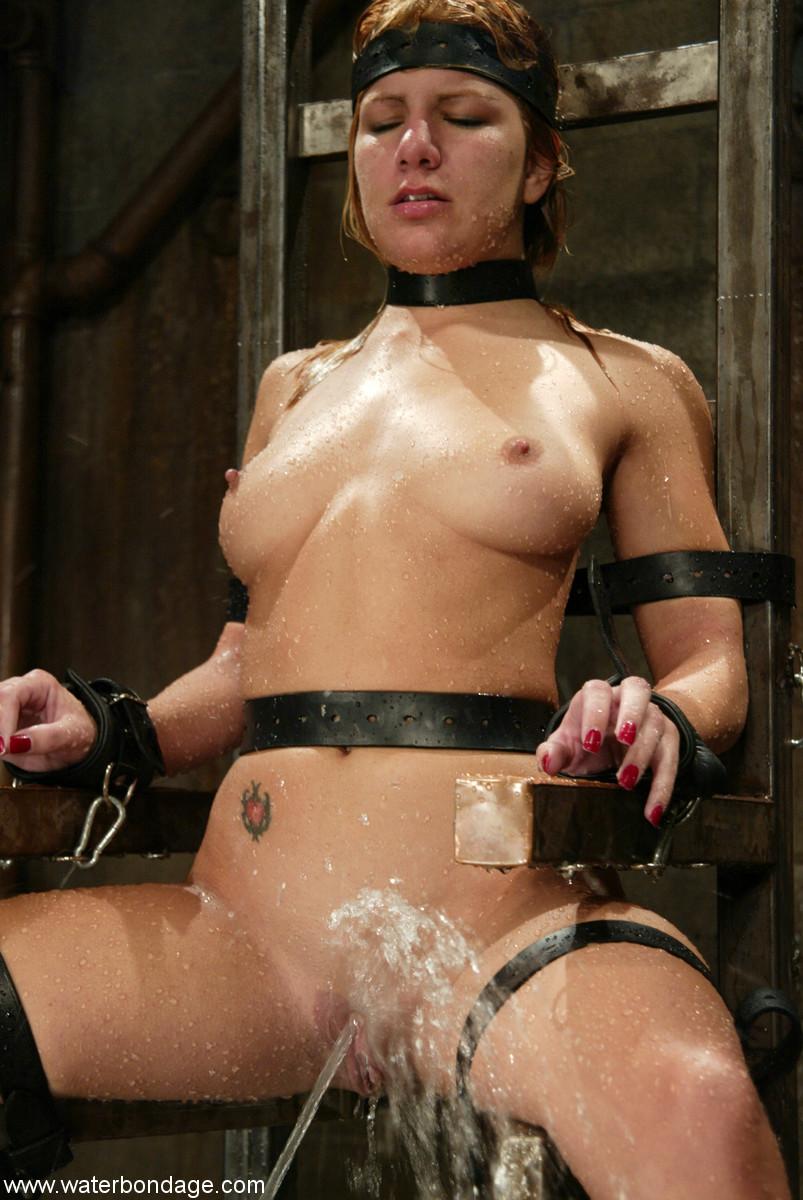 Water Bondage Jenni Lee