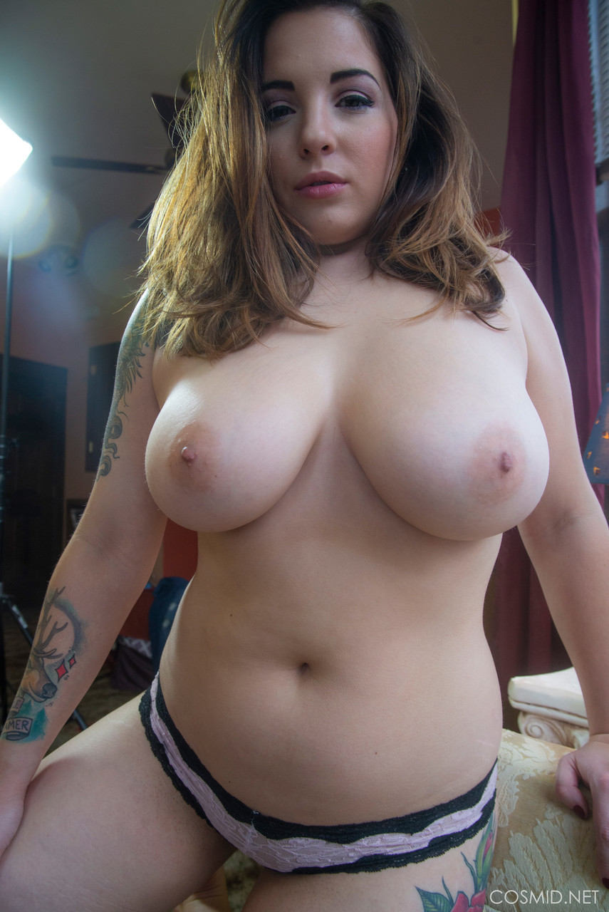 Thick amateur Paige Rad fondles her big naturals before pulling down panties
